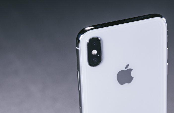 iPhoneカメラのレンズ