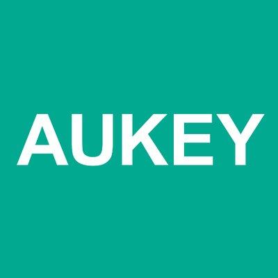 【AUKEY】iPhoneに使えるワイヤレス充電器やスマホカメラレンズのメーカーはAUKEY(オーキー)